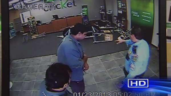 HPD hones in on violent cell phone store robberies