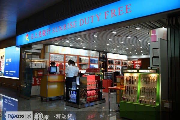 春節寒假旅遊旺季來臨,返鄉出國者增多。圖為上海浦東國際機場。(圖/MOOK景點家)