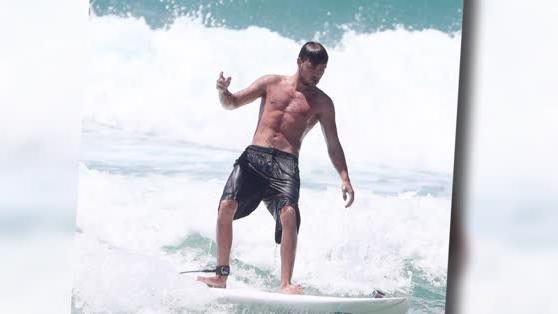 Topless Liam Payne Hits the Waves in Australia