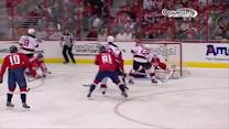 Braden Holtby stretches out to deny Brunner