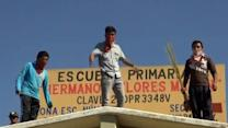 Rocks fly over Mexican education reform