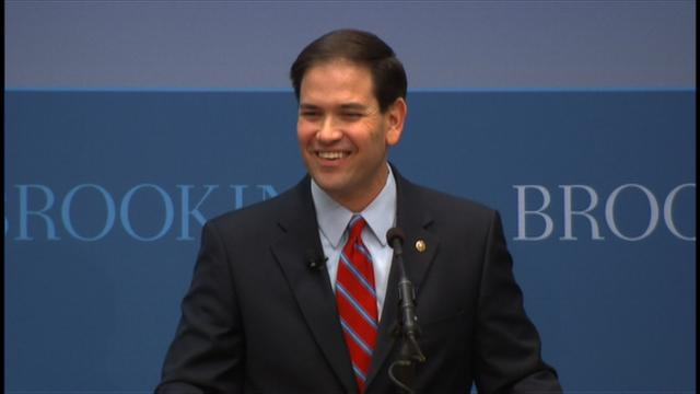 Marco Rubio loses page of big speech