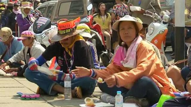 More violence in Thai protests