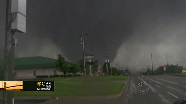 Moore tornado: Sights and sounds of disaster, rescue
