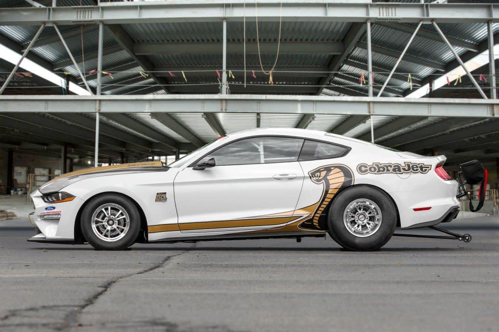 最速野馬,FORD Mustang Cobra Jet登場