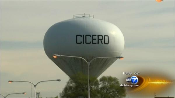 Cicero Cubs? Chicago suburb pitches move to Ricketts