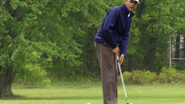 Obama hits the links for bipartisan golf game