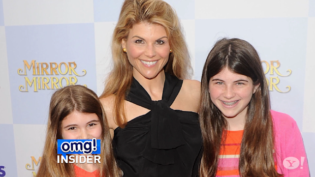 Lori Loughlin Joins Twitter! See Who She Followed First
