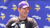 Zimmer On Adrian Peterson: 'Don't Know When He's Coming To Practice'