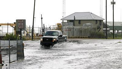 Voluntary evacuations in Ala. for Isaac
