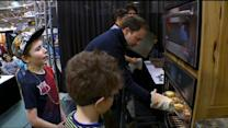 Jason DeRusha & His Kids Cook At Mpls. Home & Garden Show