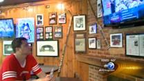 Chicago hockey fans subdued after Blackhawks lose Game 3 in Boston