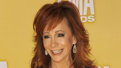 Country stars react to Sandy at the CMA Awards