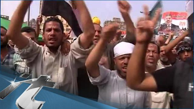 Politics of Egypt Breaking News: Rights Groups Decry Egypt Media Crackdown