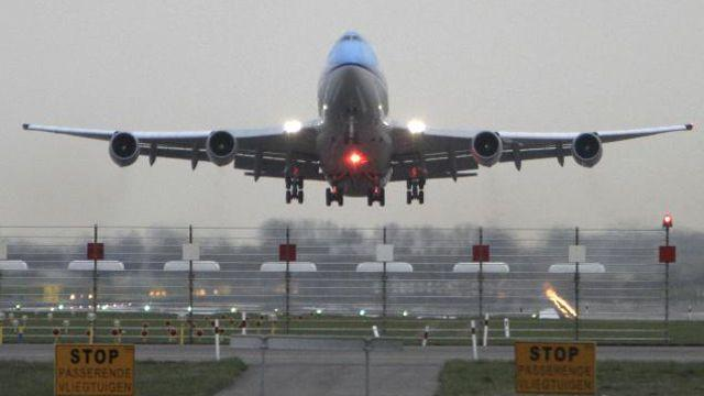 No-fly list violates constitutional rights, judge rules