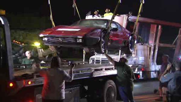 Car carrier crashes into bridge in Whitemarsh Township