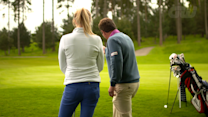 Instruction: Chipping with Simon Holmes and Anna Whiteley