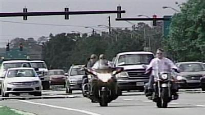 Roar On; Bikers Roll Into Daytona Beach