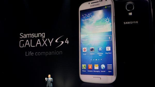 Samsung refreshes iPhone-challenging Galaxy line