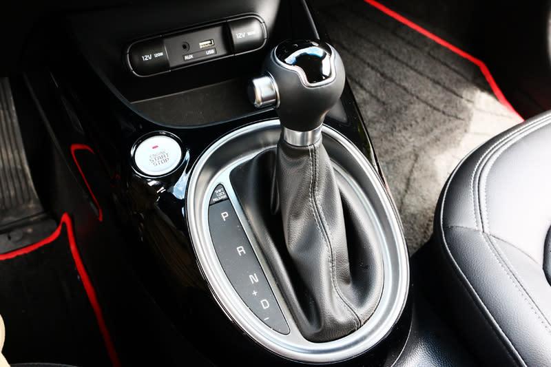 搭配了最新的七速雙離合器自手排變速系統。