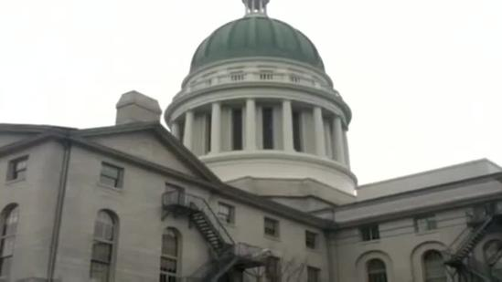 House approved bill to make information of concealed weapon permit holders private