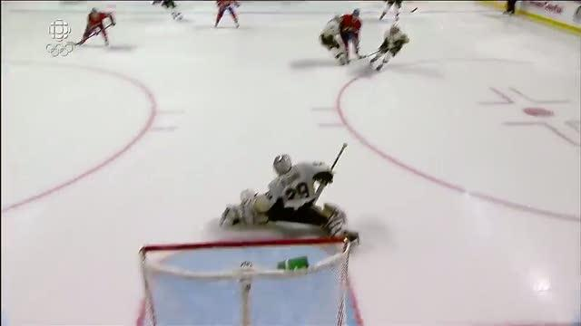 Max Pacioretty rings one off the iron and in
