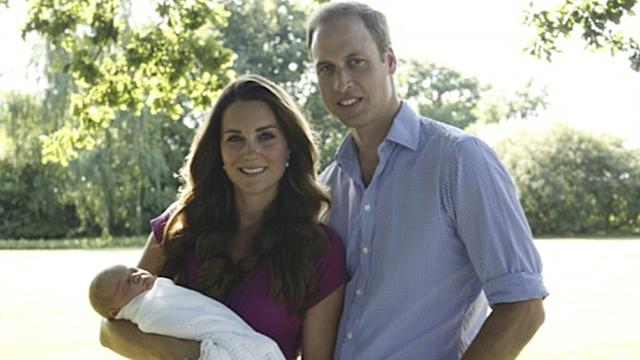 Royal Family Portrait Is First Official Pic of Prince George