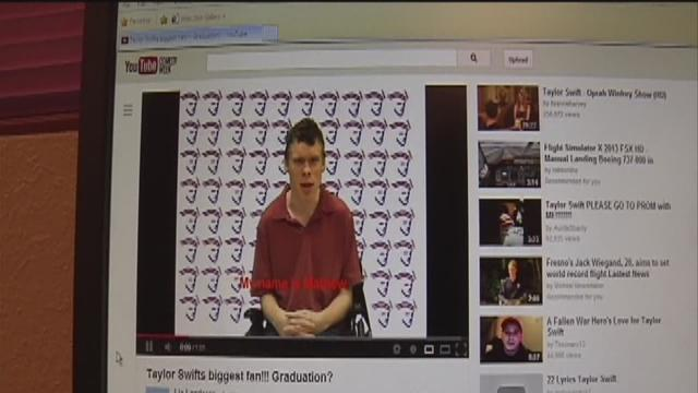 Student asks for special graduation gift from Taylor Swift