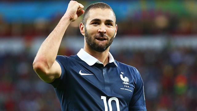 France shows fresh, different look in win