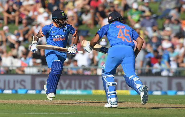 Rohit and Shikhar stitching yet another important partnership