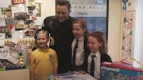 Olly Murs delivers gifts to fans