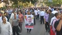 Thousands stage peaceful march calling for Mursi's return
