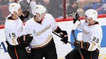 Ducks keeping pace with Blackhawks