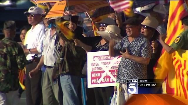 Demonstrators Rally Outside Site of Meeting Between Obama and Chinese President