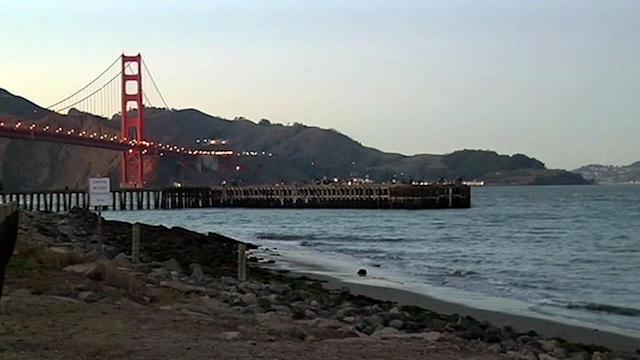 Good Samaritans save tourist who fell into bay in SF