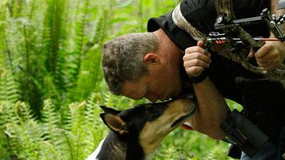 Service dogs help Wash. soldiers battling PTSD