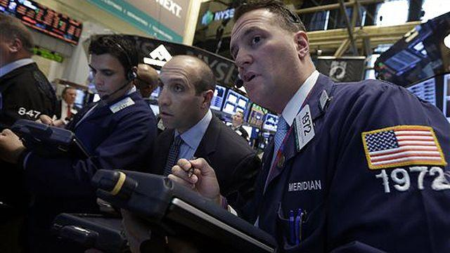 New hope for US job growth as stocks swing