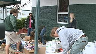 Central Hinds Students Hold Food Drive