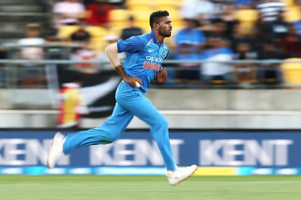 Hardik Pandya sprinting through