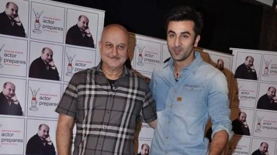 Ranbir Kapoor Giving A Few Acting Tips
