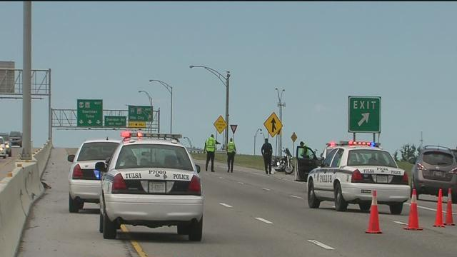 Motorcycle accident closes westbound BA Expressway, woman injured