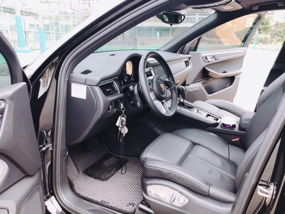 森田的車子一定要保持乾淨,不容許任何味道殘留在車內。