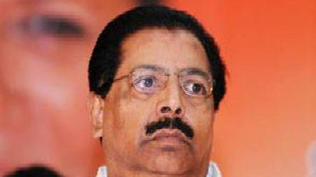 Chacko comes in support of PM, FM on JPC