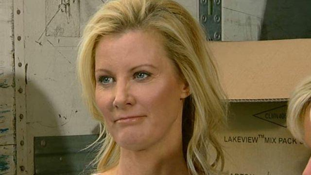 Sandra Lee helps with hurricane relief