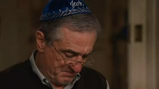 Little Fockers: Bernie And Roz Give Jack A Present