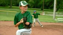 12-Year-Old Baseball Phenomenon Wows Crowds Despite Having 1 Arm