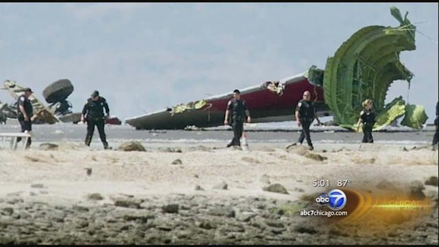 Plane crash pieces found in San Francisco Bay after 777 crash of Asiana Airlines Flight 214