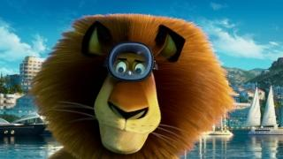 Madagascar 3 (UK Trailer 1)