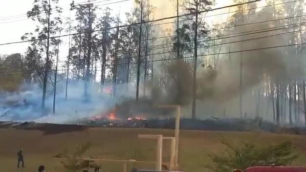 Avião cai em área próxima a faculdade em Piracicaba (SP) e deixa sete mortos