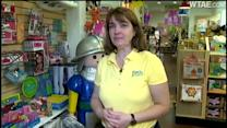 Life-size knight stolen from outside toy store